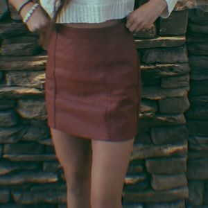 Dresses & Skirts - cute faux leather skirt